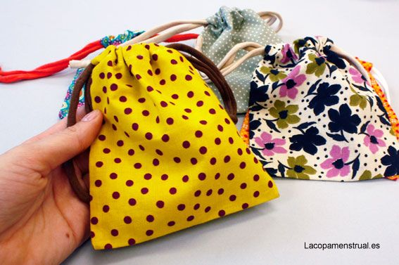 bolsitas de tela #handmade para tu #copamenstrual #ejercitadoreskegel #esponjavaginal #salvalips etc.