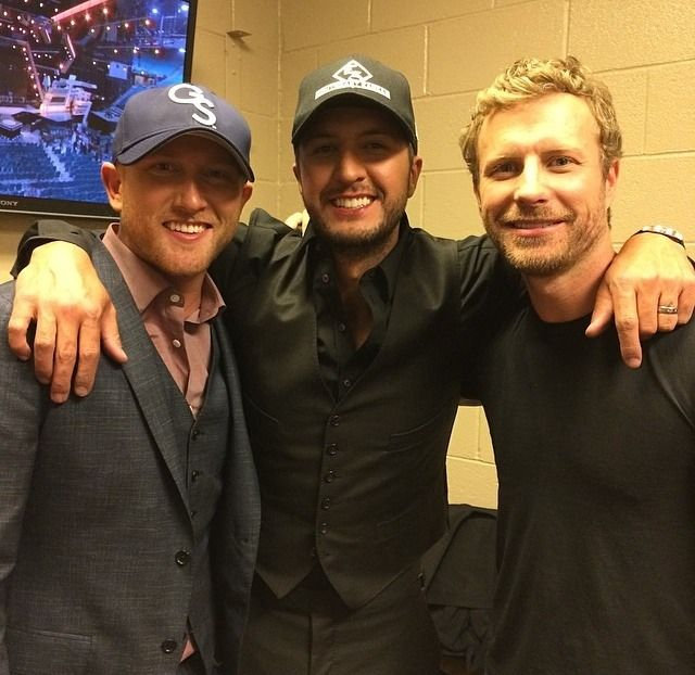 one reason to listen to country...the good looking men!