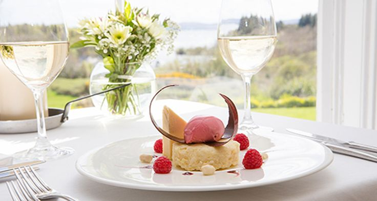The Twelve Apostles Hotel is rightfully recognized as one of South Africa's top places for wining and dining – and for good reason.   The modern French menu is tastefully mixed with South African influences, and the menu is updated regularly. In 2013, the hotel made its debut into the coveted American Express Fine Dining Awards list and more than 95% of the items on the menu are sourced from the Western Cape, following the Hotel's Responsible and Sustainable Environmental Policies.