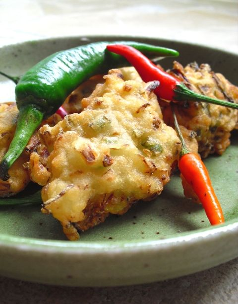 Indonesian Bean Sprout and Potato Fritters (Bakwan)