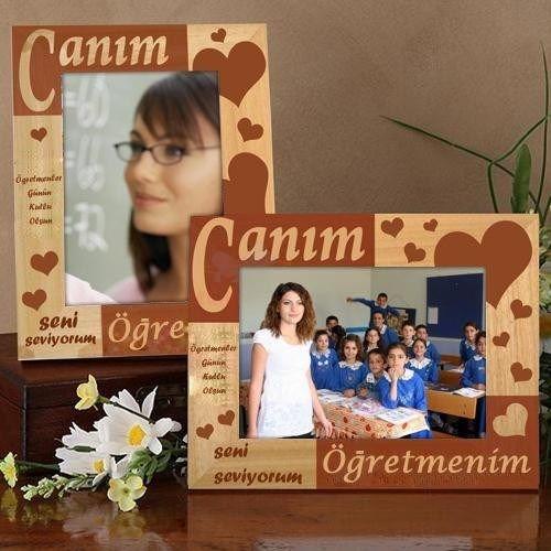 Ahşap, kalpli fotoğraf çerçevesi bir öğretmene verilebilecek en sevgi dolu hediyelerden biri.. Çerçeve üzerine yazılabilecek mesajı siz belirleyebiliyorsunuz. Böylelikle alacağınız hediye hafızalara kazınmış oluyor.. Ürün detayları için: http://www.hediyedenizi.com/hediye/ogretmenlere-ozel-ahsap-cerceve-essiz-lazer-isleme/
