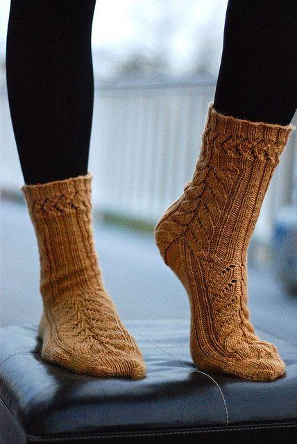 mystery socks 09.jpg