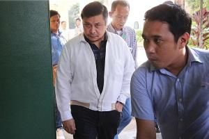 Jinggoy Estrada leaves Camp Crame detention cell after 3 years in jail