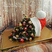 Подарки к праздникам ручной работы. Ярмарка Мастеров - ручная работа Колпак Деда Мороза из конфет. Handmade.