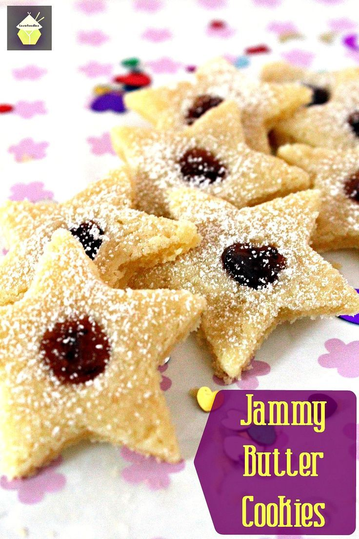 Jammy Butter Cookies. Melt in your mouth Vanilla butter cookies with your favorite jam in the middle. Yummy!  #cookies #butter #Christmas