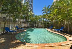 I Love Schoolies - Budds Beach Apartments - Schoolies Accommodation