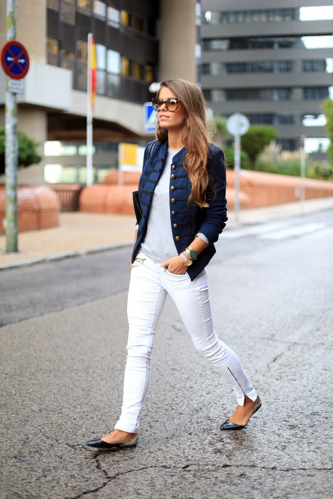 denim jacket + light gray t-shirt + white jeans + black shoes