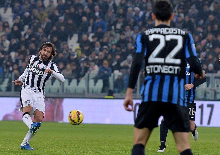 Pirlo segna un gol straordinario con l'Atalanta!