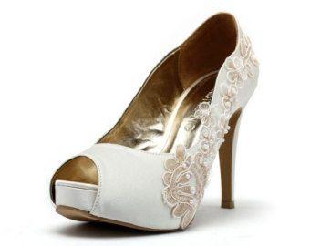 Popular items for white wedding on Etsy