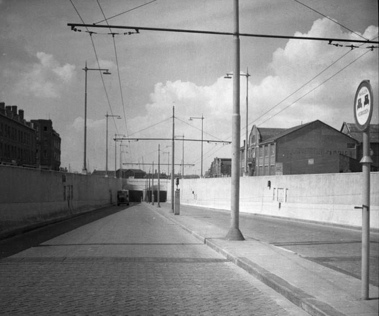 Maastunnel 1946. Foto Gemeentewerken Rdam