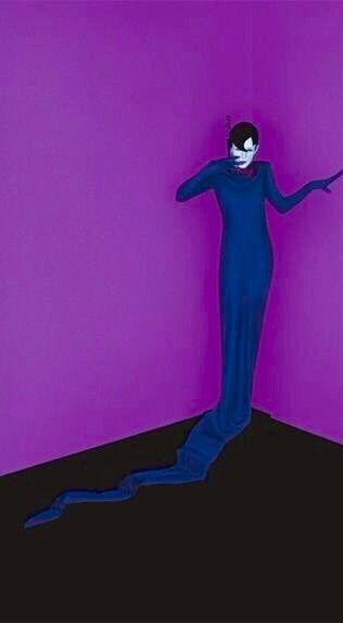 Serge Lutens ~ Cerulean and Violet