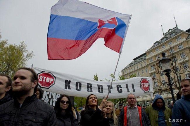 VIDEO: Takto reagovali ministri na protikorupčný pochod - Slovensko - TERAZ.sk