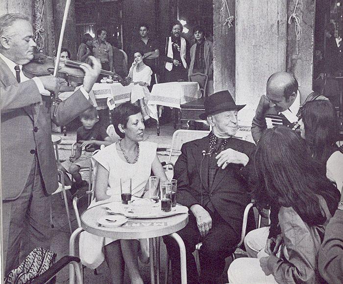 Artur Rubinstein at the Caffè #Florian a #Venezia San Marco - Florian #cafè in #Venice Saint Mark #travel #travelinspiration #italy #italia #veneto #italianalluretravel #pianist #rubinstein #piano #music #classical music