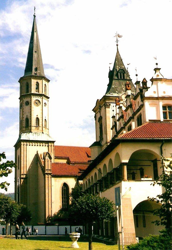 Levoča - námestie Majstra Pavla s kostolom Sv. Jakuba a radnicou (Square of Master Paul with St. James Church and the Town Hall), Slovakia