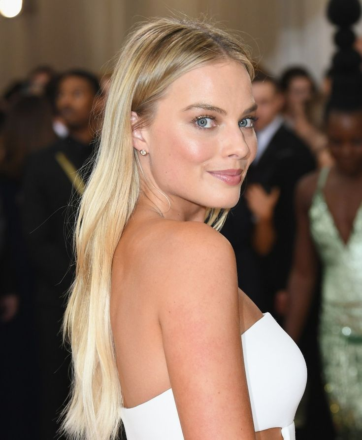 Margot Robbie Frisuren – 35 Margot Robbie Hair Loo…