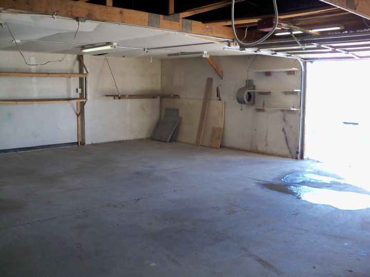 Large Storage Unit In The Heights Billings Mt Rentals Large Storage Unit For Rent In The Height Large Storage Units Automatic Garage Door Automatic Garage
