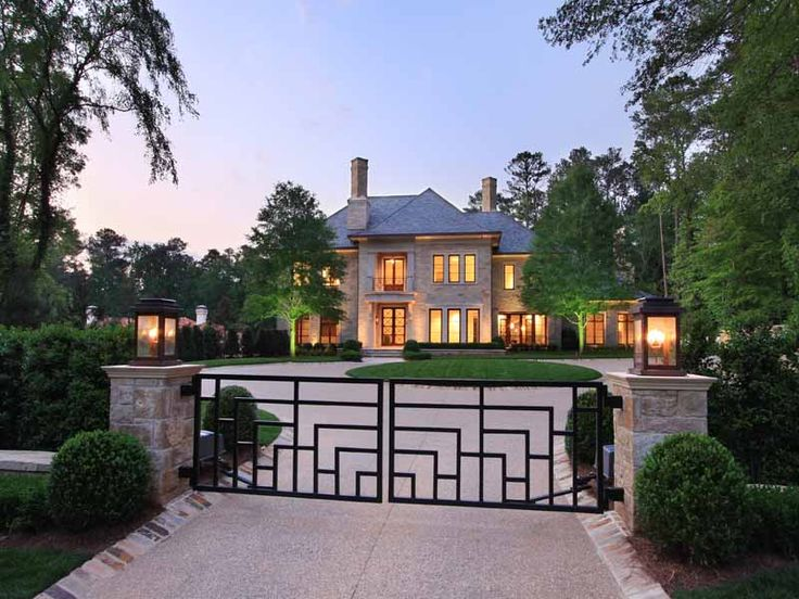 Mansions in buckhead atlanta georgia historic buckhead for Dream homes georgia