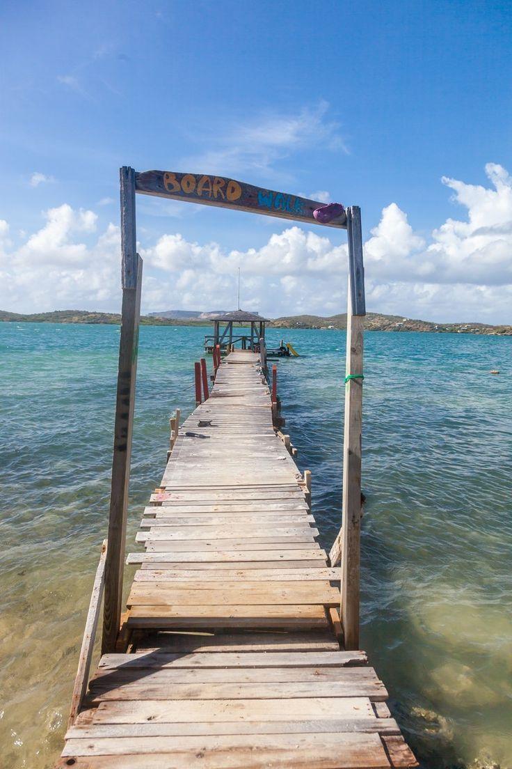 Fotobehang: Oude Steiger met uitzicht op Curacao