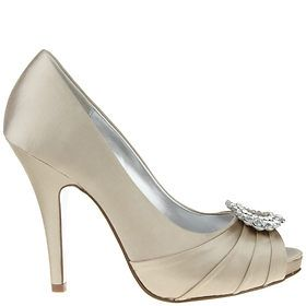 Pumps by Nina Shoes