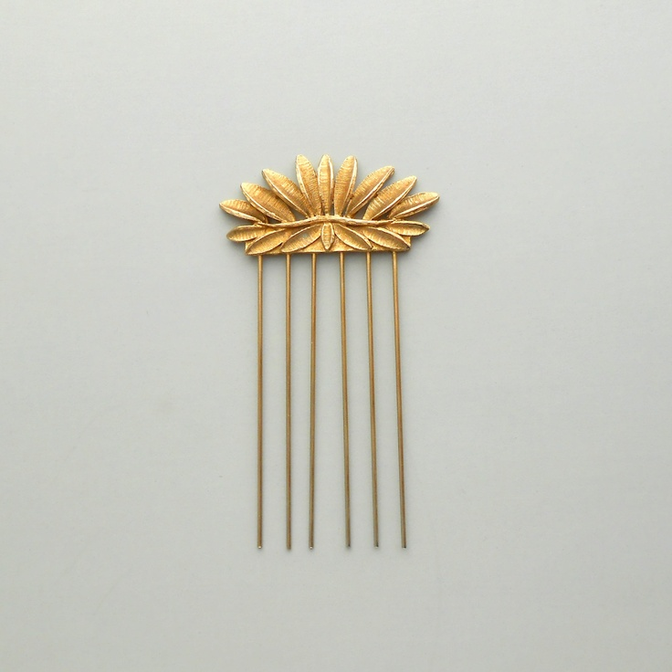 Vintage Hair Comb Something to wear with a Grecian dress