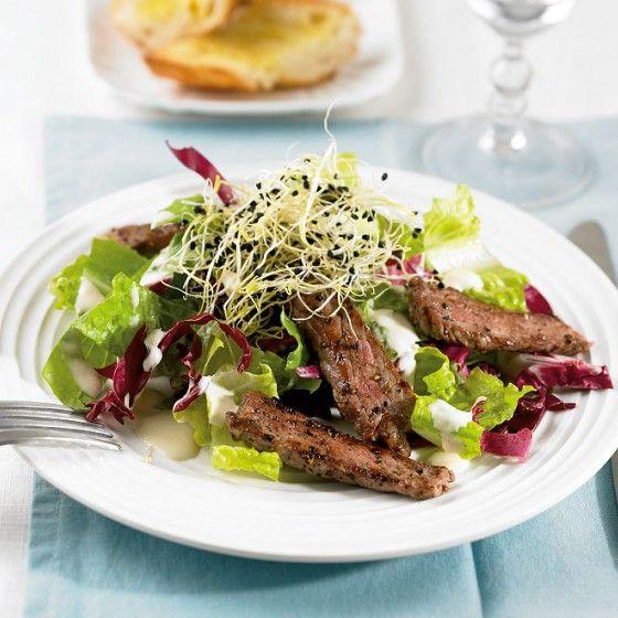 ESSEN & TRINKEN - Salat mit Steak Rezept