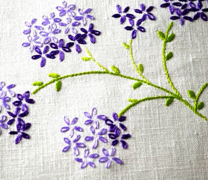 Vintage Hand Embroidered Lilacs Linen Tablecloth Small Square Cloth In Shabby St In 2020 Flower Embroidery Designs Embroidery Flowers Pattern Hand Embroidery Designs
