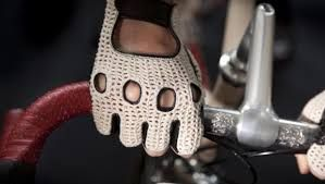 Elite performance cycling gloves in various colours, with a newly-engineered fit for comfort and control of the bars when riding and racing in cold weather.Constructed from a windproof and breathable fabric. #cycling #cyclist #cyclinglife #cyclingpassion #riding #sport #sports #cyclingteam #cyclingfashion #biketrip #cyclingclub