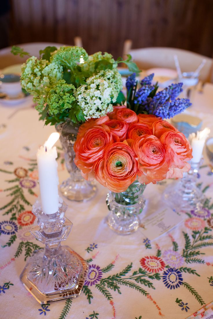 www.worldinspiredtents.co.uk festival themed Spring Open Weekend  Images courtesy of www.sarahlaurenphotography.com  Styling by www.devonvintagechina.co.uk  Flowers by www.poundburyflorist.co.