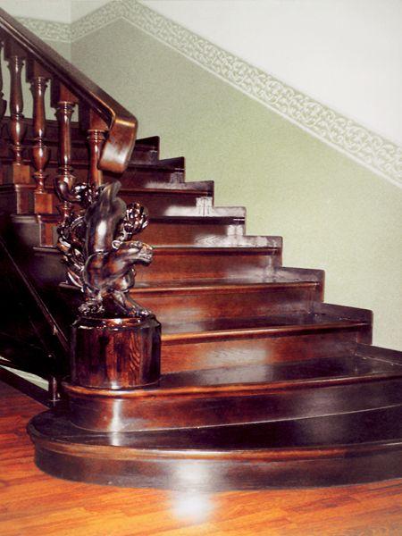 Резьба по дереву в СПб мастера традиции предков компания Руст ― изготовление и декор лестниц