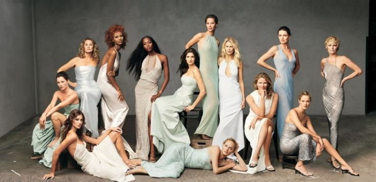 VOGUE NOVEMBER 1999 The Gang's All Here: 7 Iconic Group Model Vogue Covers - Photos