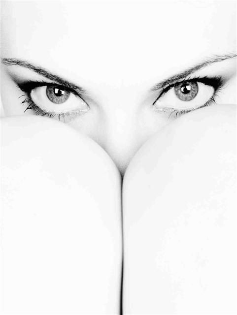 The eyes are the first thing a person sees when they look at the face of another person... (www.SubliminalDifference.com) Magnificent photo!
