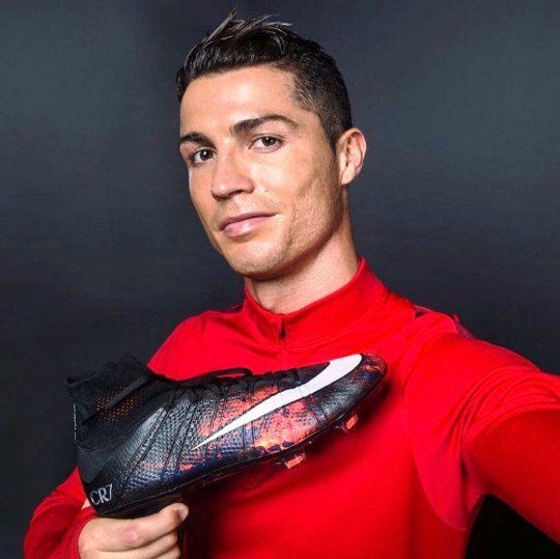 CR7 Savage Beauty, novas chuteiras de Cristiano Ronaldo, são lançadas pela Nike. Confira os modelos. #CR7 #Nike #CR7SavageBeauty #esportes #futebol #CristianoRonaldo #RealMadrid