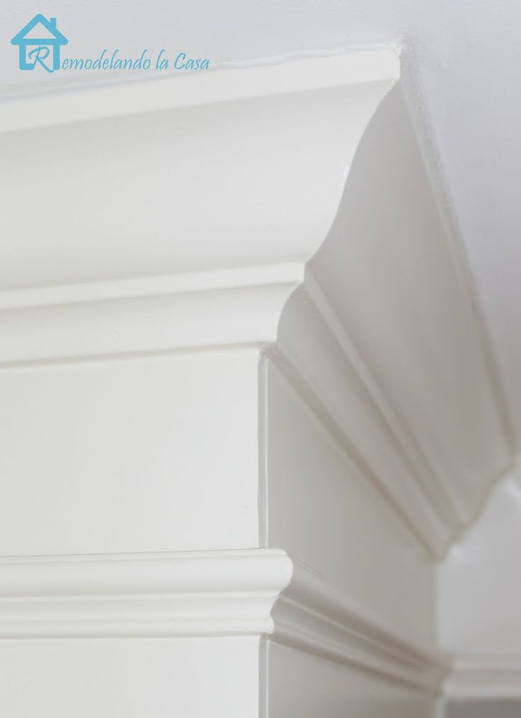 One of the best tutorials on cutting crown molding that I've read - and great photos, too!