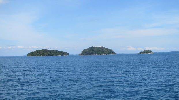 There were some nice islands on the way and some interesting little villages.