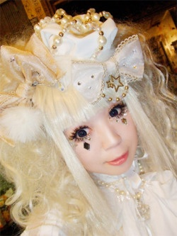 Lolita Makeup ---Why is this not me?