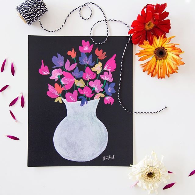 Con flores alrededor tuyo siempre estarás de buen humor. Tenemos este diseño original nuestro en tamaños 20x25 cm y 30x40 cm. Vive una vida hermosa con Jessyland.
