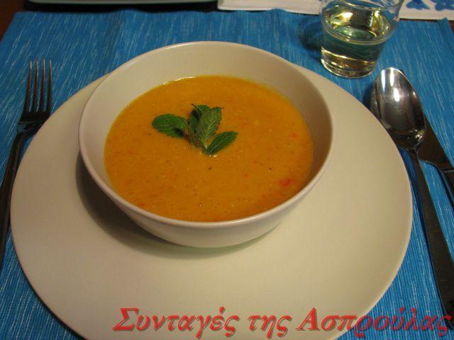 Βελουτέ σούπα με κόκκινες φακές