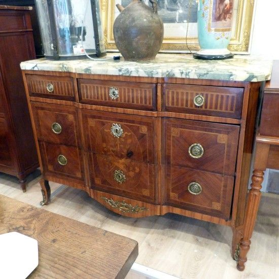 Commode transition dessus marbre