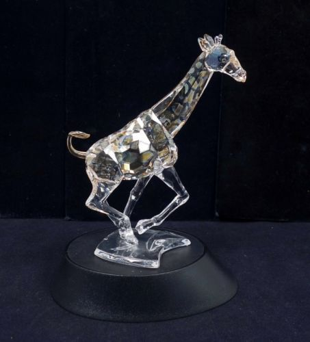 Swarovski-Crystal-Giraffe-Running-Figurine-935896-w-Original-Box-Retired