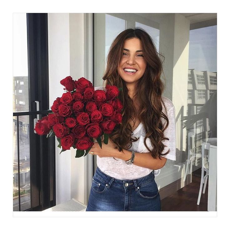 NEW STUNNING INSPIRATION - Negin Mirsalehi @fashionfrique  #howtochic #ootd #outfit