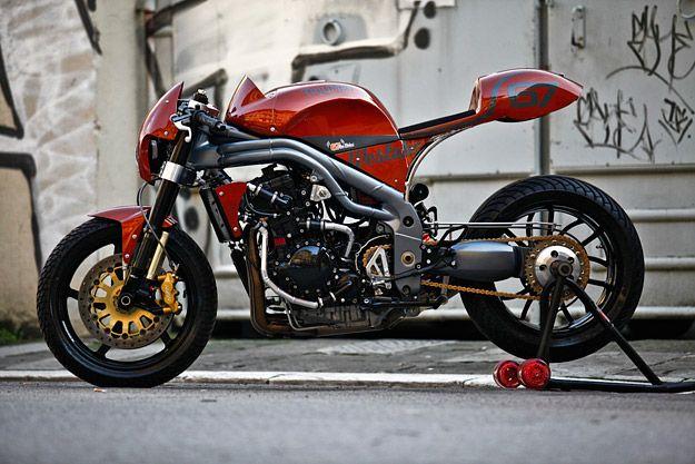 Triumph SpeedTriple Weslake by Olivi Motori, 2011