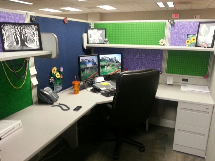 Awesome Nicely Decorated Cubicles Decorating Your Office Cubicle