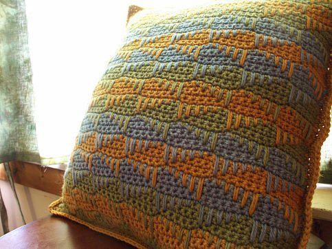 Spike Stitch Pillow Sham - Media - Crochet Me