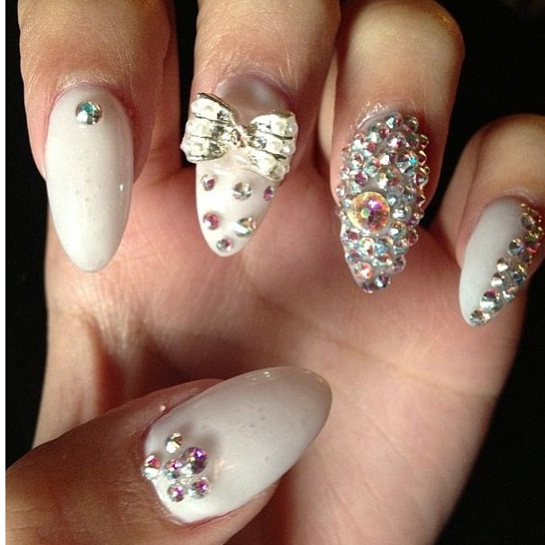 Nails with bling beautify themselves with sweet nails white claw nails with bling nails pinterest prinsesfo Choice Image