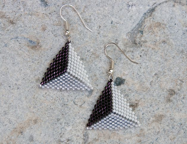 Triangle beaded earrings, Dreieckige Ohrringe, bead-it-up auf Dawanda
