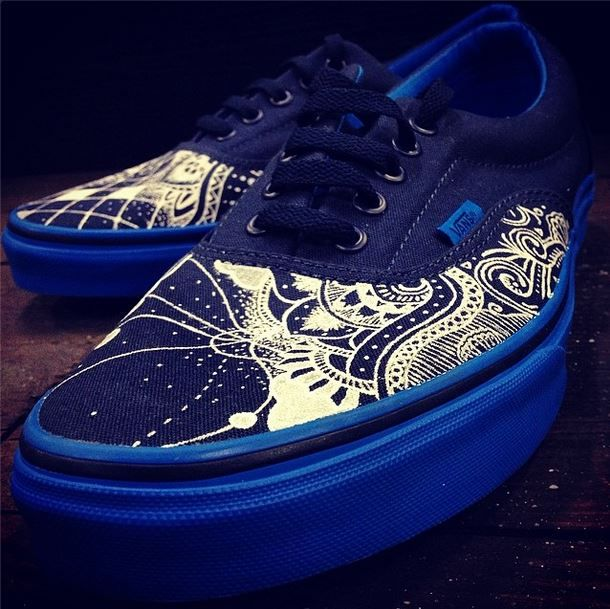 a2ae4dbe451 Hand painted custom Vans Eras by wiliam h t on instagram