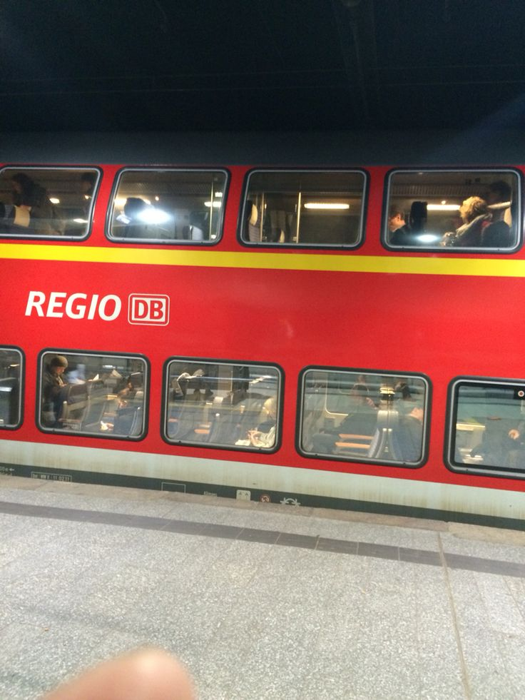 DB Bahn ~ Regional trains ! Paint the town red !