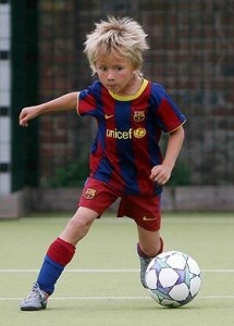 Amazing football kid has trial with Barcelona #fitness #health #sport #oxylanevillage #workout #foot #football #soccer #ball #kid #enfant