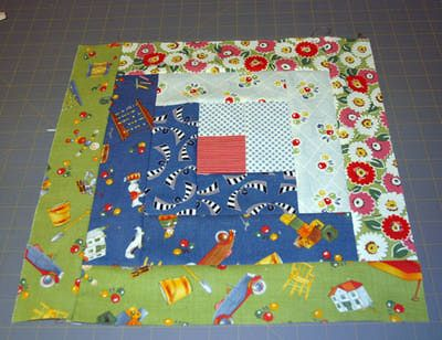 Learn How to Sew Easy Log Cabin Quilt Blocks