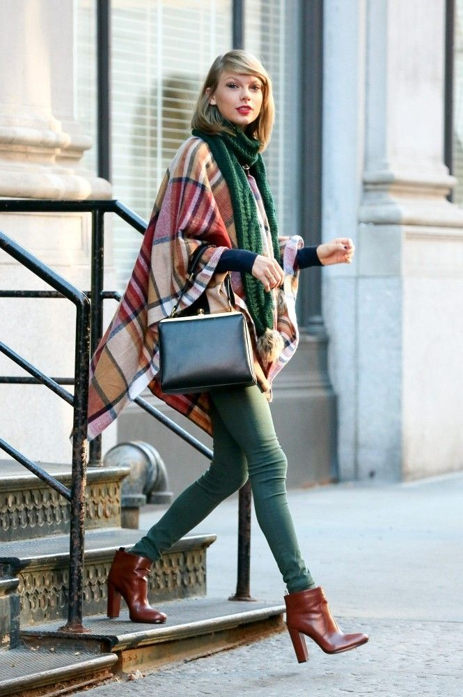 Vote! Which Celebrity Had the Best Weekend Street Style? // Taylor Swift // Warm Winter